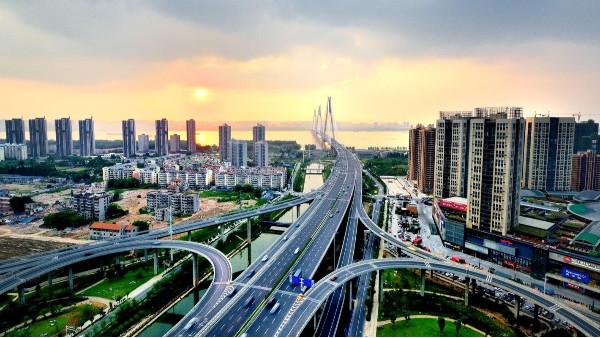 安防监控公司浅析智慧城市APP应用